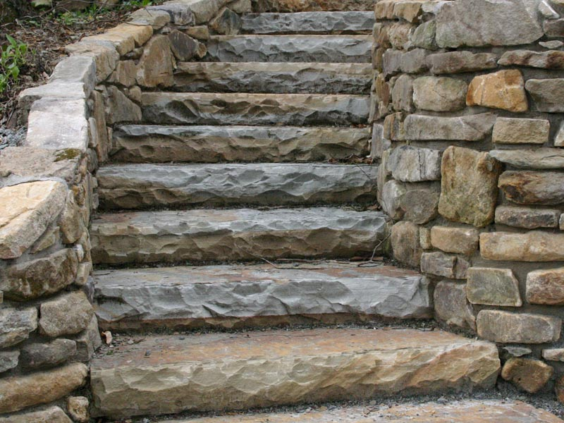 Stone Work Rock Wall and Stairs